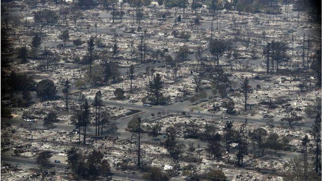 El condado de Sonoma, en el norte de San Francisco, se lleva hasta ahora el peor saldo de la devastación: 11 de las muertes tuvieron lugar allí y en ciudades como Santa Rosa están destruidos distritos completos. GETTY IMAGES