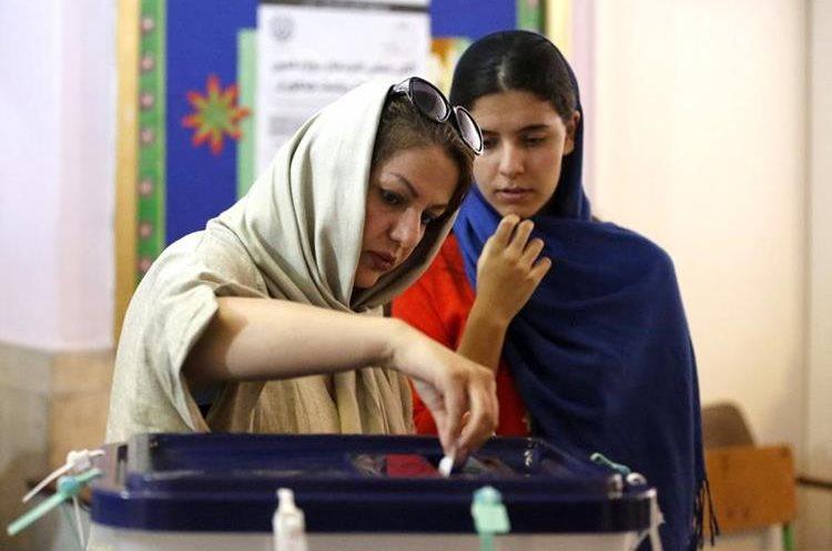 La figura de la mujer es prominente en el país y ningún candidato puede ganar si ignora a este sector.