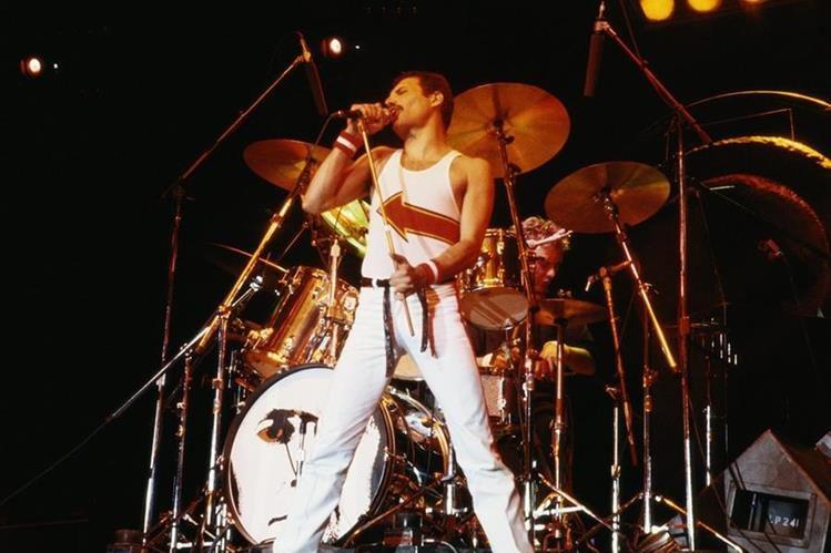 A 25 años de su muerte, Freddie Mercury es una leyenda musical. (Foto Prensa Libre: Hemeroteca PL)