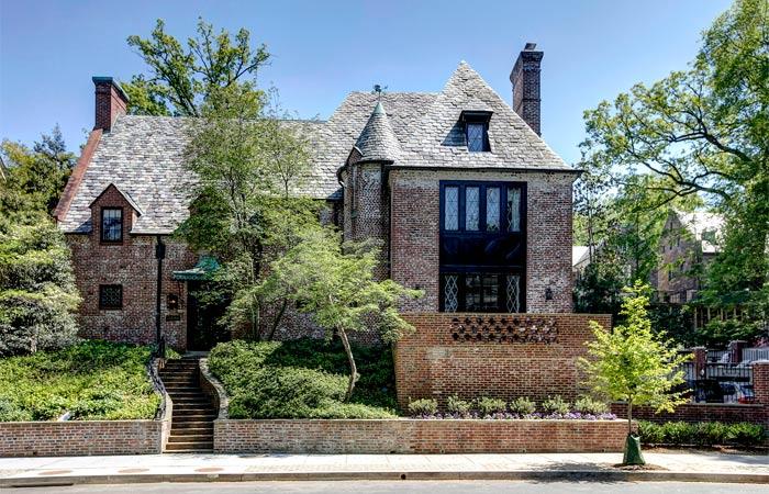 Se especula que esta mansión construída en 1928 sea la nueva residencia de Obama y su familia en el 2018. (Foto tomada del sitio: www.wfp.com).