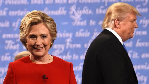 La Casa Blanca aludió a una investigación de los correos electrónicos de Hillary Clinton, la rival demócrata del actual presidente. AFP
