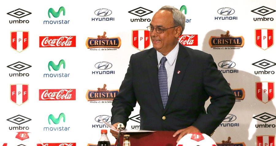 Manuel Burga está involucrado en el escándalo de corrupción de la FIFA. (Foto Prensa Libre: Tomada de Internet)
