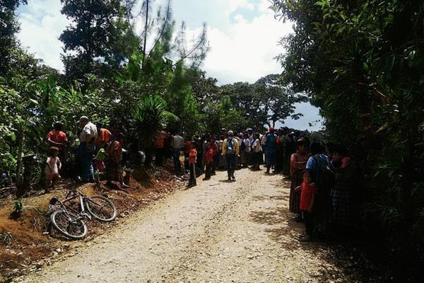 Vecinos de  comunidades de  San Cristóbal Verapaz, Alta Verapaz, se alarman por muerte de dos hombres. (Foto Prensa Libre: Eduardo Sam Chun)