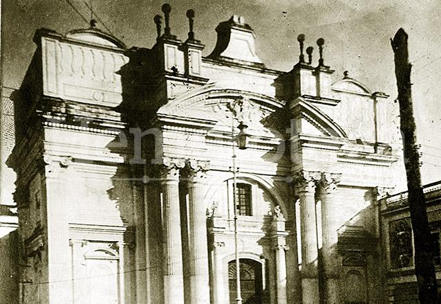 Templo de San Francisco antes de los Terremotos de 1917-18. (Foto: Hemeroteca PL)
