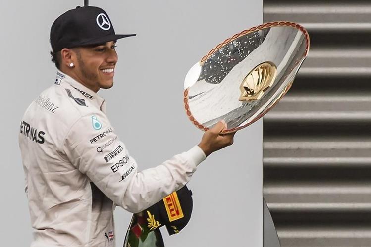 Lewis Hamilton se coronó en Bélgica y demostró su hegemenonía. (Foto Prensa Libre: AP)