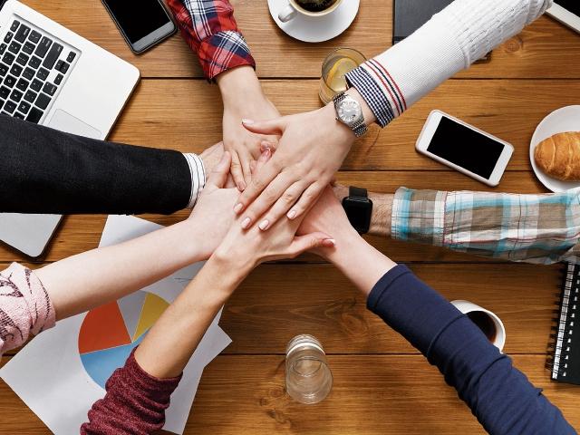 La aplicación de la ética, según un estudio de la UNIS, mejora considerablemente la reputación de las empresas. (Foto Prensa Libre: Servicios)