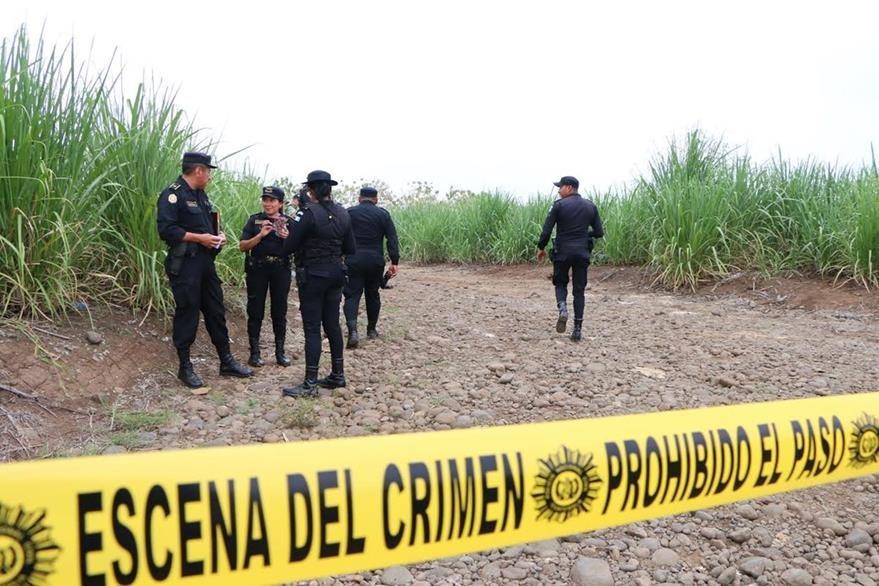 El cadáver del agente Marvin Juárez fue hallado en en marzo último, en San Andrés Villa Seca, Retalhuleu.  (Foto Prensa Libre: Rolando Miranda)