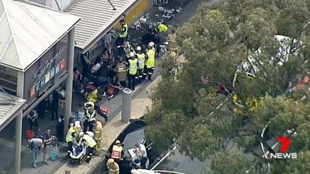 El incendio en el Banco de la Commonwealth causo lesiones a 27 personas.
