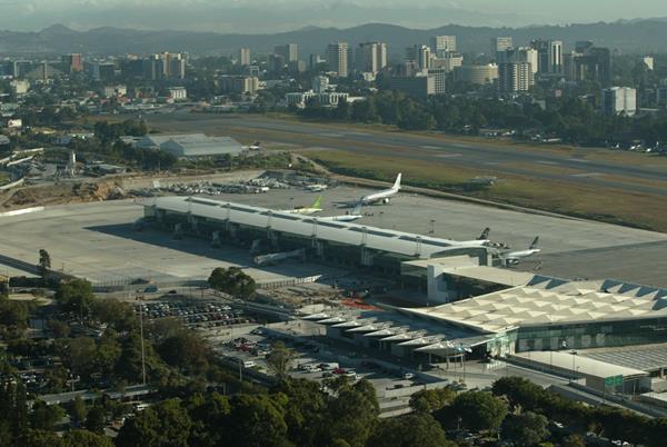 El proyecto fue cuestionado por tener un sobreprecio del 938 por ciento. (Foto Prensa Libre: Hemeroteca PL)