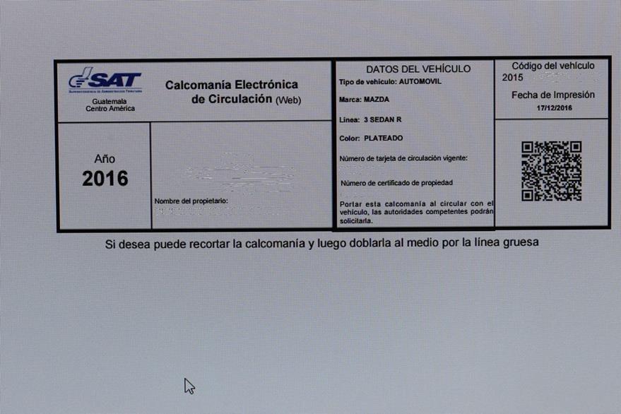 Este es el modelo de distintivo o calcomanía por pago de ISCV después del 31 de julio del 2016 (Foto, Prensa Libre: Hemeroteca PL)