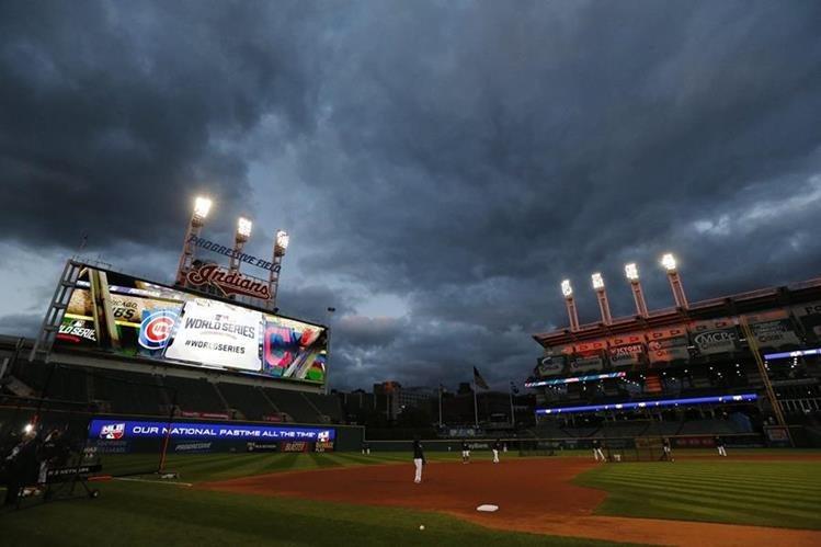 El escenario en Cleveland está listo para el primer juego de la Serie Mundial. (Foto Prensa Libre: EFE)