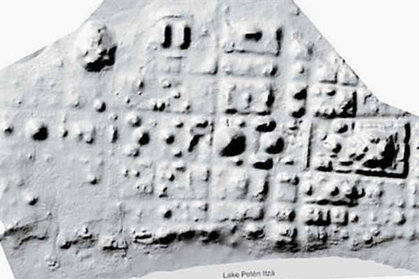Mapa en el que se nota el trazo cuadriculado de la ciudad de de Nixtun-Ch'ich'