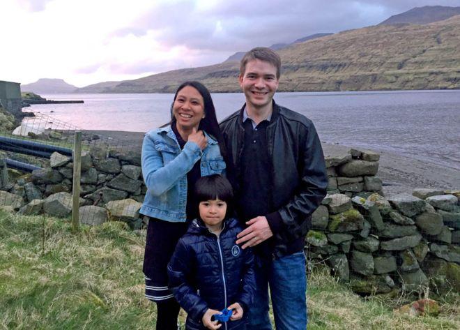 Athaya Slaetalid con su esposo Jan y su hijo Jacob.