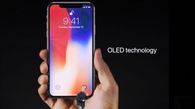 Las pantallas OLED no son nuevas y hay otros fabricantes de telefonía móvil que las usan. (GETTY IMAGES)