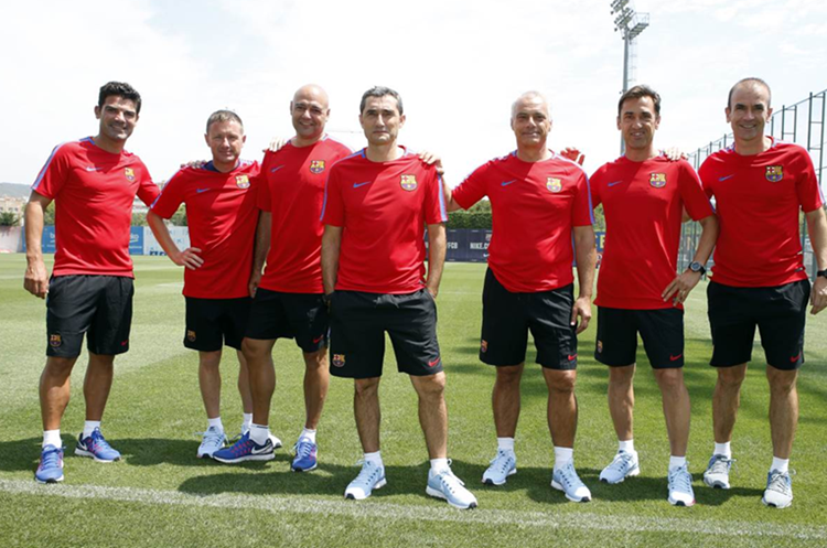 El técnico Ernesto Valverde comenzó la pretemporada con el FC Barcelona. (Foto Prensa Libre: FC Barcelona)