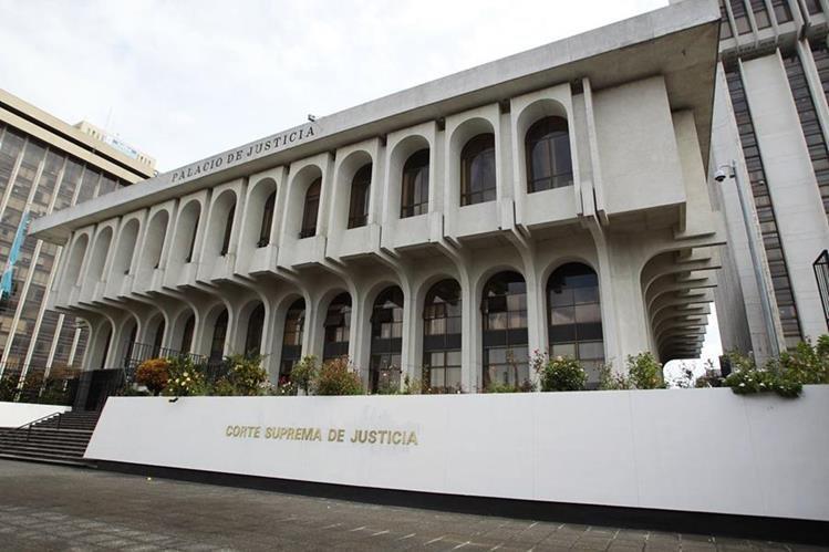 CSJ ve muchos vacíos en la ley, que tendrá que corregir en el reglamento. (Foto Prensa Libre: Hemeroteca PL)