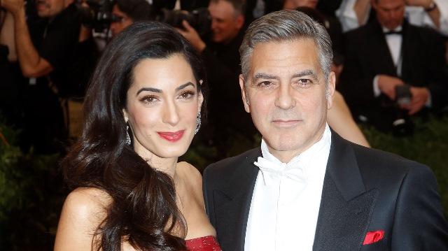 Amal Alamuddin y George Clooney le dieron la bienvenida a sus mellizos el 6 de junio pasado.(Foto Prensa Libre: lalibertad.com.co)
