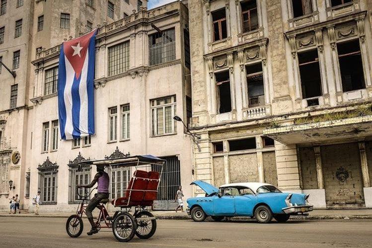 Gobierno cubano lanzó nuevos lineamientos para abrir la economía. (Foto Hemeroteca PL)