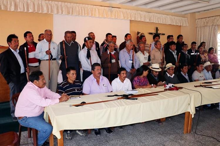 Líderes indígenas de Quetzaltenango piden mayor participación en asuntos políticos del país.(Foto Prensa Libre: Carlos Ventura)