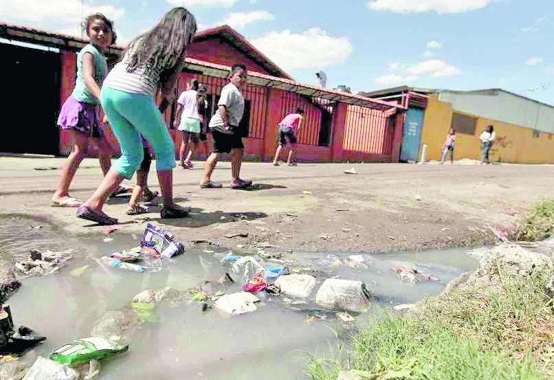Ilustración. La masacre de la familia está siendo investigada por las autoridades. (Foto Hemeroteca PL).