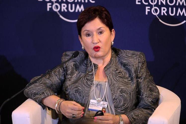 La fiscal Thelma Aldana viajó a Colombia para participar en el Foro Económico Mundial, y habló de corrupción. (Foto Prensa Libre: EFE)
