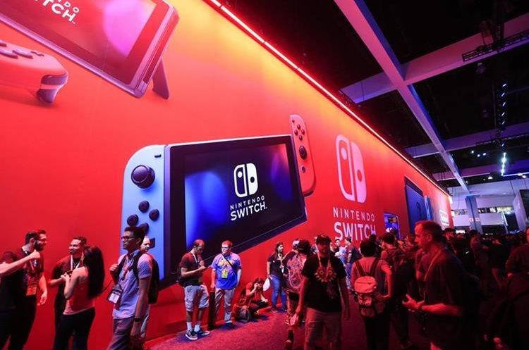 La consola Nintendo Switch es la gran apuesta de Nintendo y, de momento, ha rendido buenos resultados (Foto Prensa Libre: EFE).