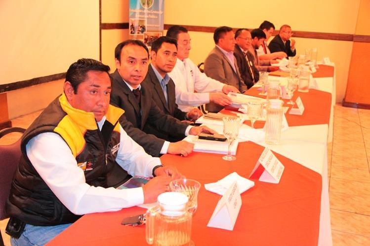 Candidatos a alcalde de Totonicapán presentan sus planes de trabajo. (Foto Prensa Libre: Édgar Domínguez)