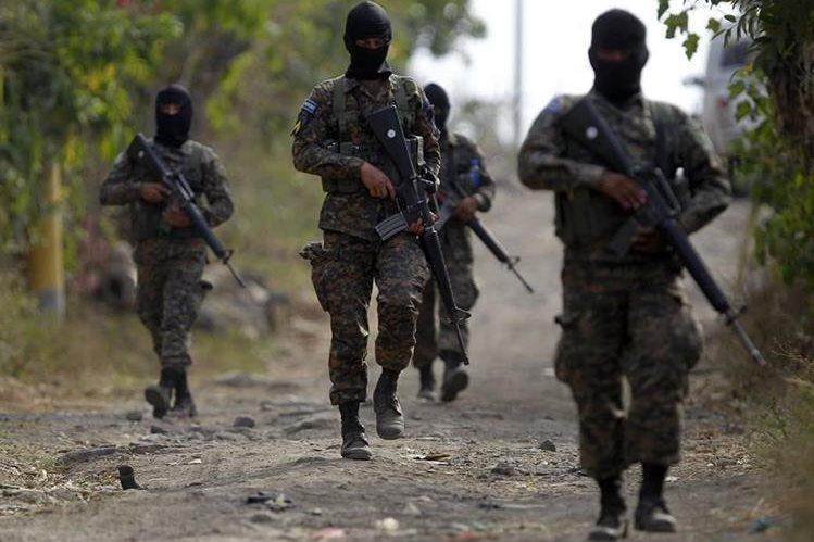 Las autoridades creen que las pandillas son las principales causantes de la violencia en El Salvador. (Foto Hemeroteca PL).
