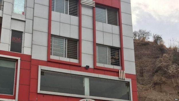 Sadi Ahmed estuvo secuestrado junto a otras 23 personas de este edificio de Rawalpindi, Pakistán.