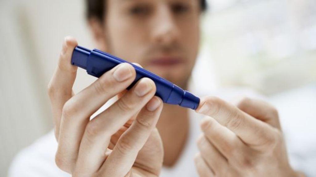 Una noche de sueño interrumpido podría incrementar el riesgo de desarrollar diabetes. Pero el exceso de sueño podría tener el mismo efecto. (THINKSTOCK)