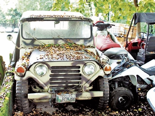 Un Jeep de 1970 figura entre los bienes sobre los cuales se ha solicitado la extinción de dominio.(Foto Prensa Libre: MP)