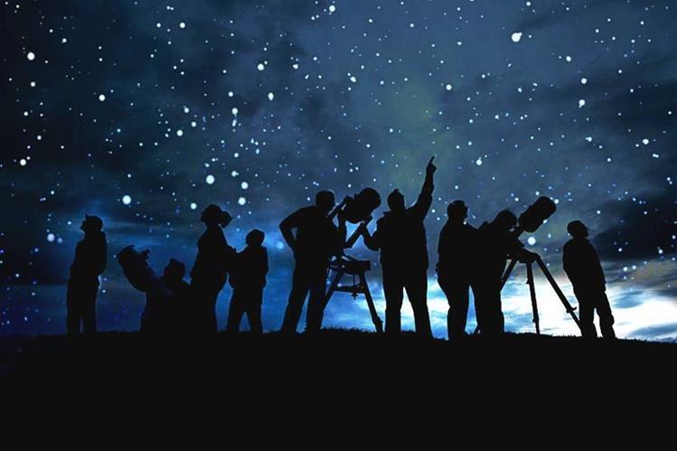 Para el ser humano observar las estrellas ha sido una fascinación que lo ha cautivado por miles de años. (Foto Prensa Libre: 1.bp.blogspot.com)