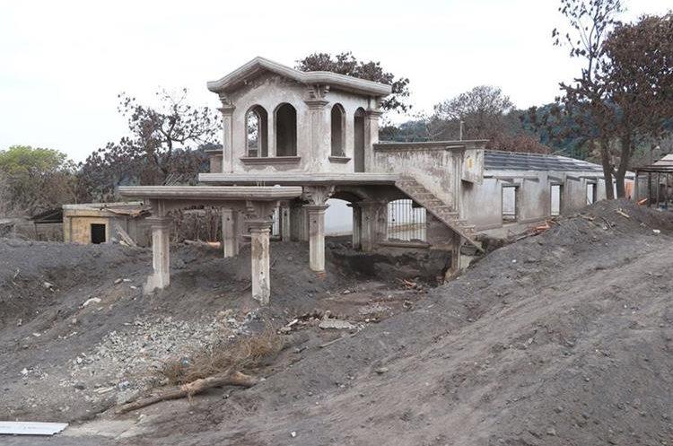 San Miguel Los Lotes quedó devastada. (Foto Prensa Libre: Enrique Paredes)