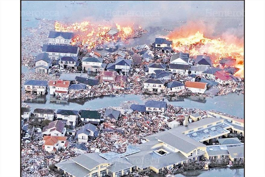 El potente terremoto, seguido de un tsunami, destrozó varios poblados cerca de las cotas de ese archipiélago, como la ciudad de Natori, de la provincia de Miyagi. 12/03/2011. (Foto: Hemeroteca PL)