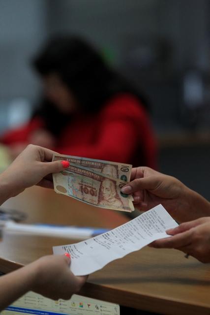 La ejecución del presupuesto está comprometido en 90% por destino constitucional, y es rígido. (Foto Prensa Libre: Hemeroteca PL)