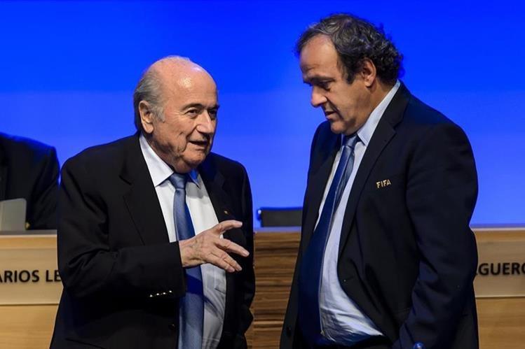 Joseph Blatter y Michel Platini se encuentran suspendidos por el Comité de Ética de Fifa. (Foto Prensa Libre: Hemeroteca PL)