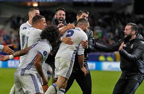 El Madrid hizo el doblete en Europa al ganar la Champions y la Supercopa. (Foto Prensa Libre: Real Madrid)