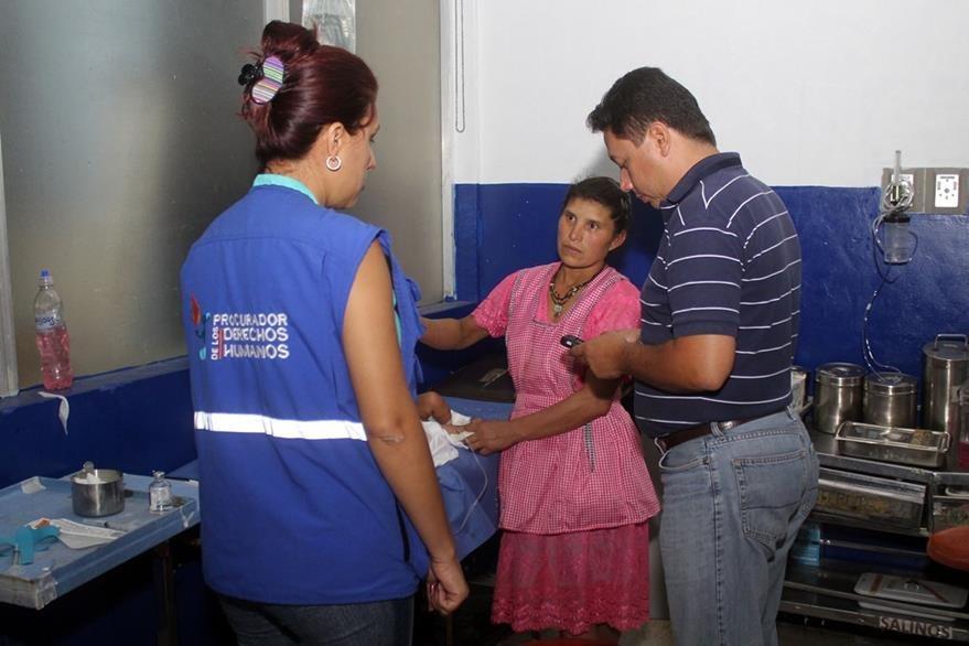 Accidente ocurrió en aldea de Jalapa y los padres aseguran que no lo llevaron antes por temor a ser acusados. (Foto Prensa Libre: Hugo Oliva)