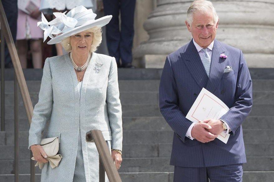 Duquesa de Cornualles y el príncipe Carlos. (Foto Prensa Libre: EFE/ Corona Británica).
