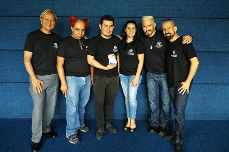 Grupo Actoris ofrece una función teatral para adultos. (Foto Prensa Libre: Sandra Vi)
