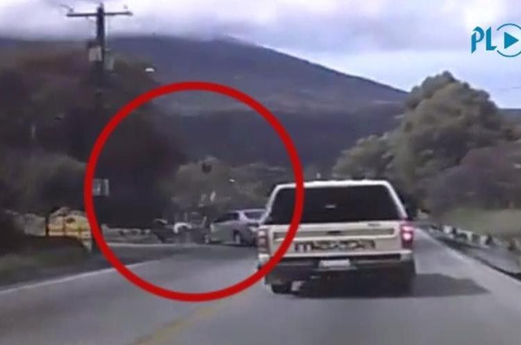 La imprudencia de un motociclista causó un accidente en una carretera de Antigua Guatemala a Ciudad Vieja, Sacatepéquez. (Foto HemerotecaPL)