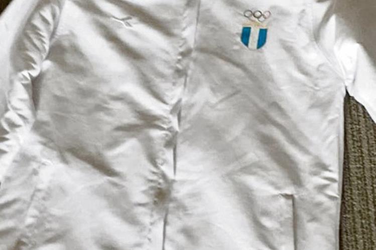 Las prendas, marca Diadora, no cumplen con las expectativas de los atletas.