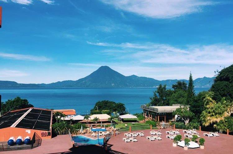 Uno de los destinos turísticos que no podía dejar de visitar es el Lago de Atitlán, Sololá. (Foto Prensa Libre: @roadtowild)