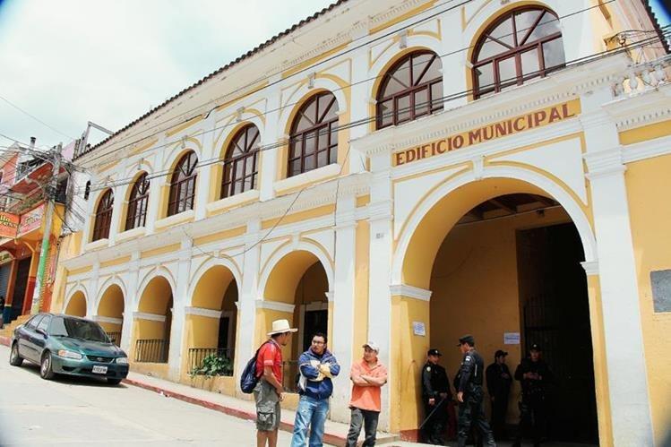 Entrada principal de la Municipalidad de Momostenango, Totonicapán. (Foto Prensa Libre: Édgar Domínguez)