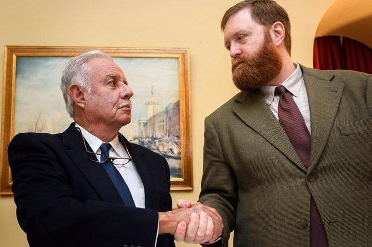 El expresidente guatemalteco Óscar Berger brindó declaraciones en Ginebra, Suiza, sobre el caso Pavón, por el cual enfrentó un nuevo juicio el exdirector de la PNC, Erwin Sperisen. (Foto Prensa Libre: AFP)
