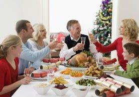 Todo buen invitado debe tener actitud adecuada ante los anfitriones y otros invitados.