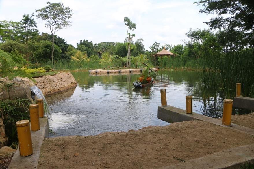 El parque tendrá una laguna para pescar en el área de aventura. (Foto Prensa Libre: Rolando Miranda)