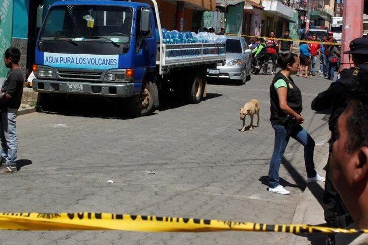 Lugar donde murió baleado Cecilio Hernández, en la cabecera de Chimaltenango. (Foto Prensa Libre: Víctor Chamalé).