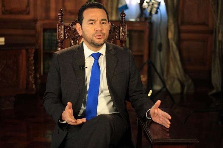 Jimmy Morales habría recibido dinero para su campaña política procedente de Sergio Aníbal Hernández, implicado en el caso Bantrab, según declaró uno de los procesados por ese hecho. (Foto Prensa HemerotecaPL)