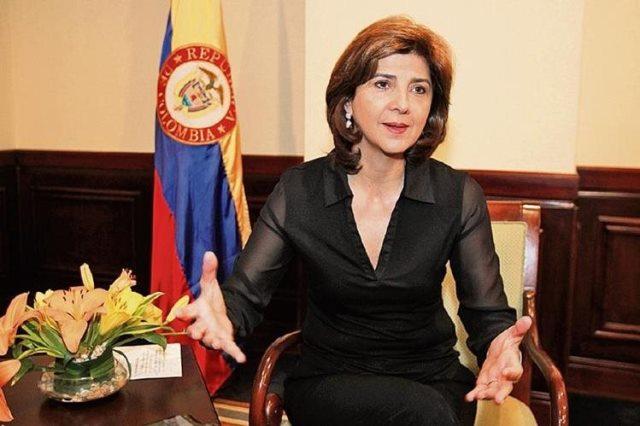 La canciller de Colobia, María Ángela Holguín arribará este domingo al país para una visita oficial. (Foto Prensa Libre: Hemeroteca PL)